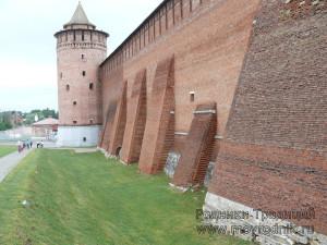 Если захватчикам и удавалось куда-то влезть, то не на эти стены