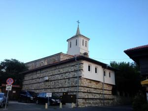 Единственная действующая церковь на полуострове.